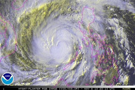2013-11-10T022949Z_3_CDEE9A80BQ800_RTROPTP_2_PHILIPPINES-TYPHOON-HAIYAN