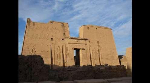 1_Temple_of_Horus